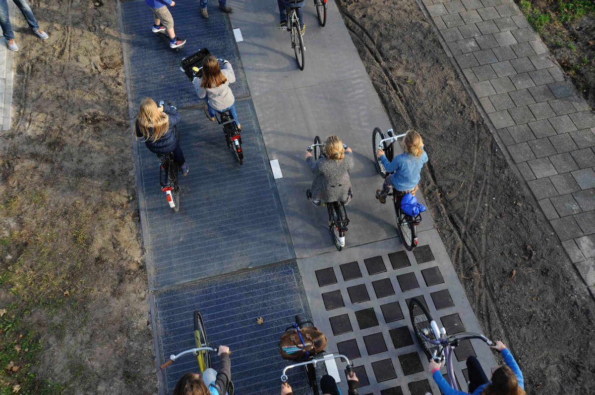 World's First Solar Road Lights a Path Into the Future