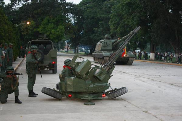 Piezas ZU-23-2/2A13 (ZU-23/ZOM-1-4) de 23mm B4r2z9ZIAAMekkh
