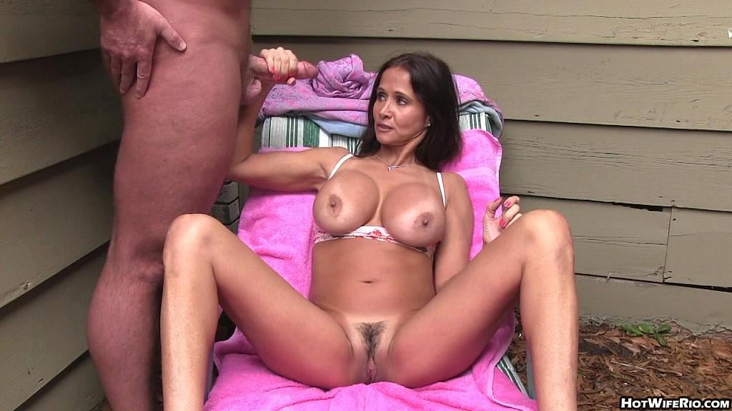 Super Hot Wife Rio