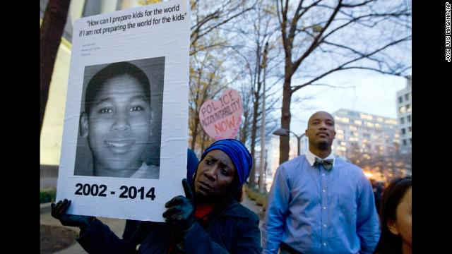 Cleveland police's fatal shooting of 12-year-old Tamir Rice ruled a homicide.   http://t.co/hxkpIEO6TQ http://t.co/2gM9BkHErw