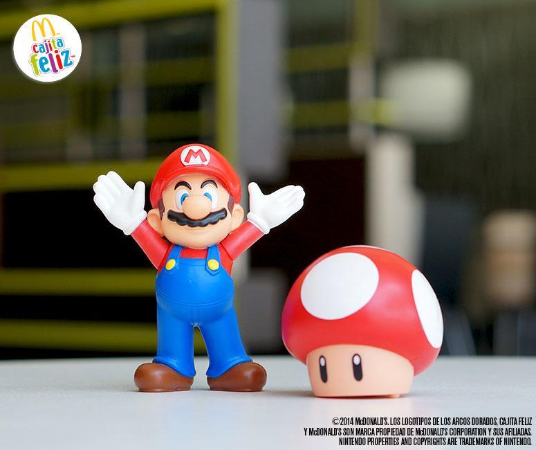 Seguramente pasaste muchas horas jugando SuperMario, colecciona los personajes que vienen en esta Cajita Feliz. :D http://t.co/dSx61vedUm