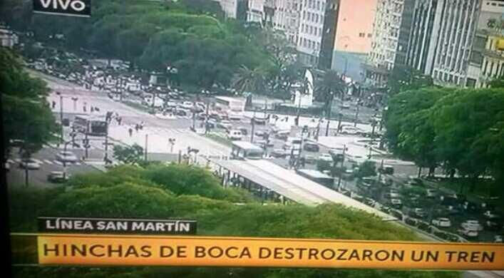 Boca Salio A Festejar Con Destrozos.