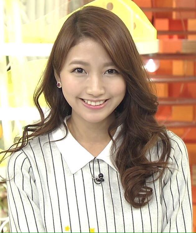 巻き髪も素敵な三田友梨佳