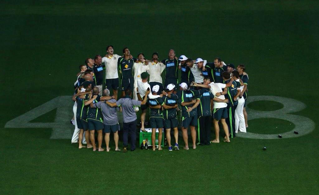 Incredible scenes at Adelaide Oval. http://t.co/TwH0oqJcZN