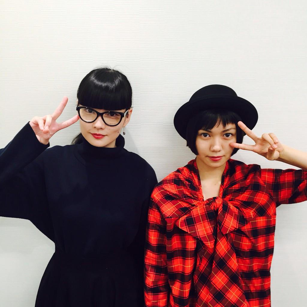 明日(日)夜23時から 『TOKYO NEWEDGE』 @Akimoto_Kozue 秋元梢がナビゲート☆ゲスト @nikaidoofficial 二階堂ふみ 、@area014  I.N.A. 登場… #jwave #radiko http://t.co/u5ESGurqop