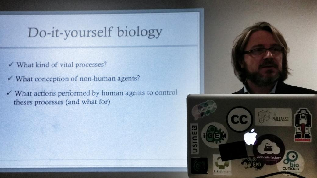 Anthropological approach of DIYBio @lapaillasse with Perig Pitrou http://t.co/j8B9awDEn3