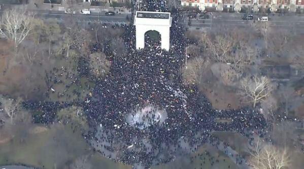 Aerial view. #MillionsMarchNYC http://t.co/j3whDoCzlx