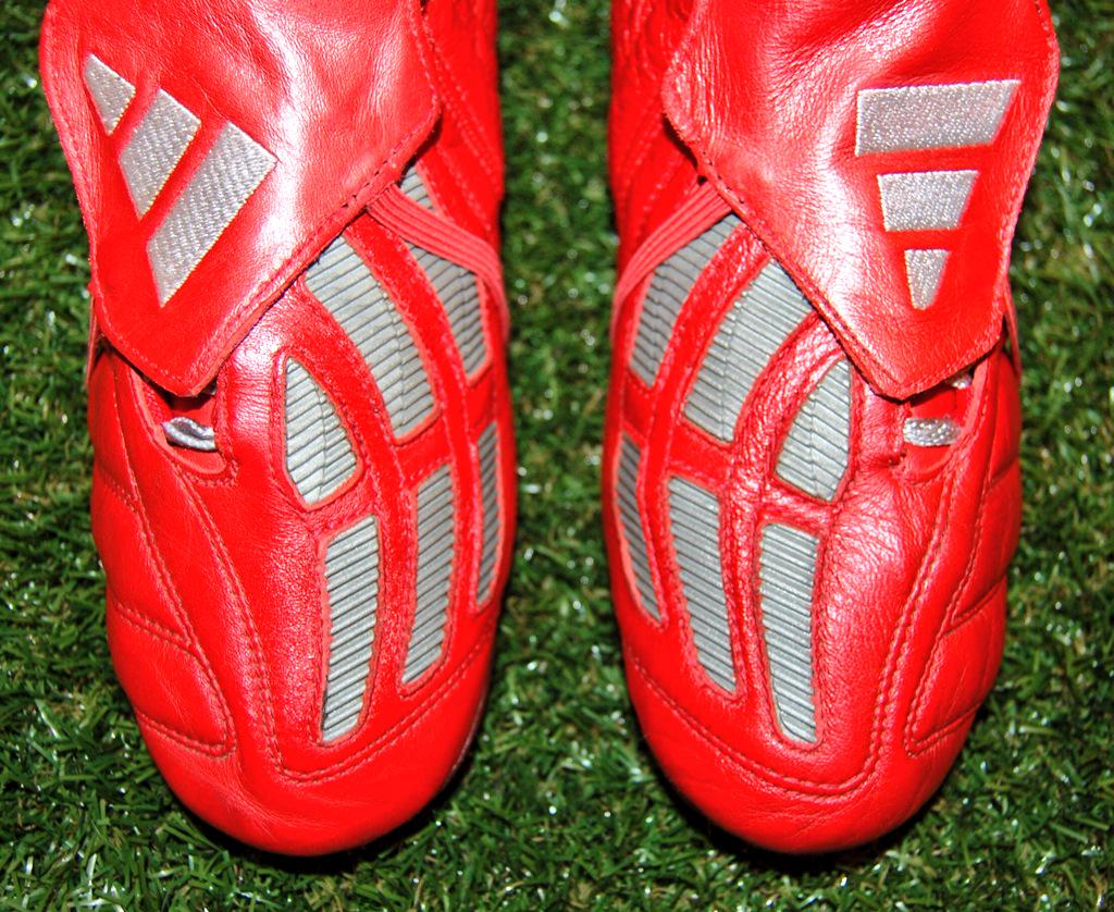 4f4a1a22e4b12 ... spain studsup on twitter 199 shipping adidas predator mania football  boots sg . 68ebd 0a2b2