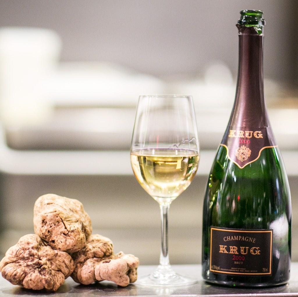 The surprising flavor of truffles and Krug 2000 make for an illustrious culinary experience. #KrugID 313041 http://t.co/HlprQWz25C