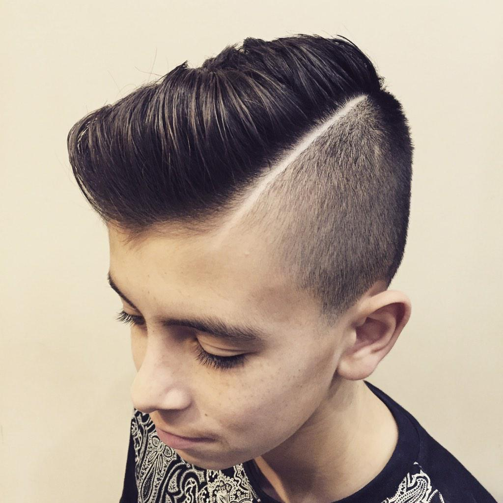 Simple hairstyle boy indian-4443