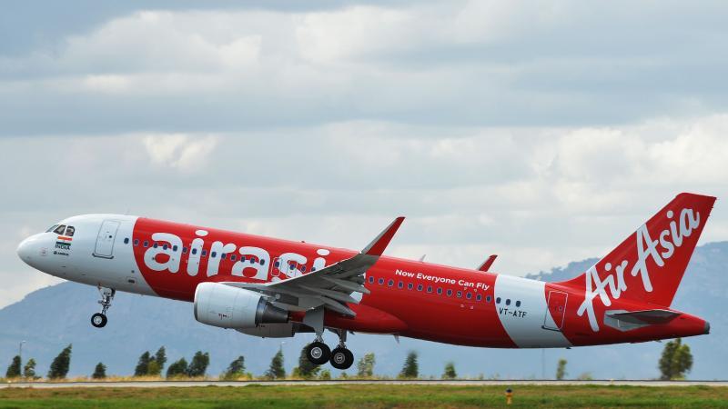 Pesawat Air Asia QZ 8501 Dari Surabaya Hilang