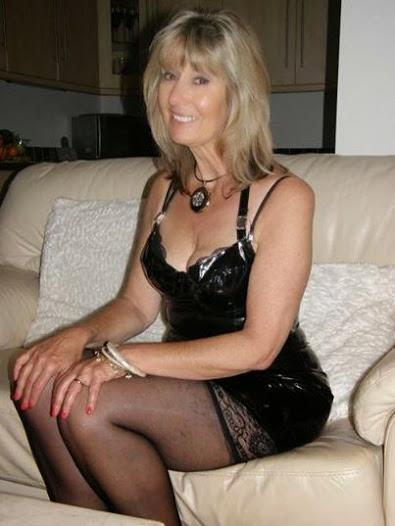 Older Women Dating On Twitter -8711