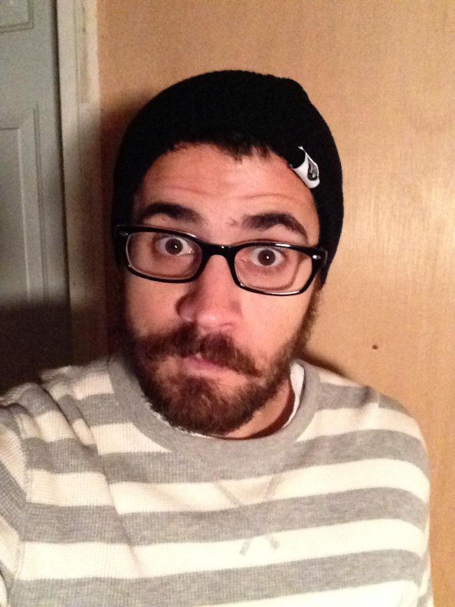 digging my new internet killed tv beanie! @CharlesTrippy http://t.co/aXX4Y2i9Oi