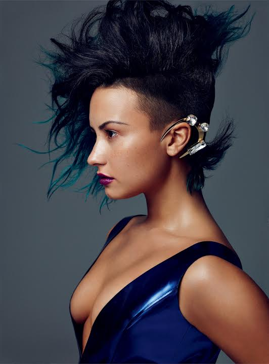 Get an exclusive look at @ddlovato's Allure photo shoot: http://t.co/KJMHpNYcNJ #lovatics http://t.co/tVd5WwPVwH