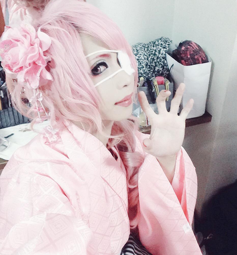 yuri☆yuriが選ぶ眠花[ミンファ]のアー写1366