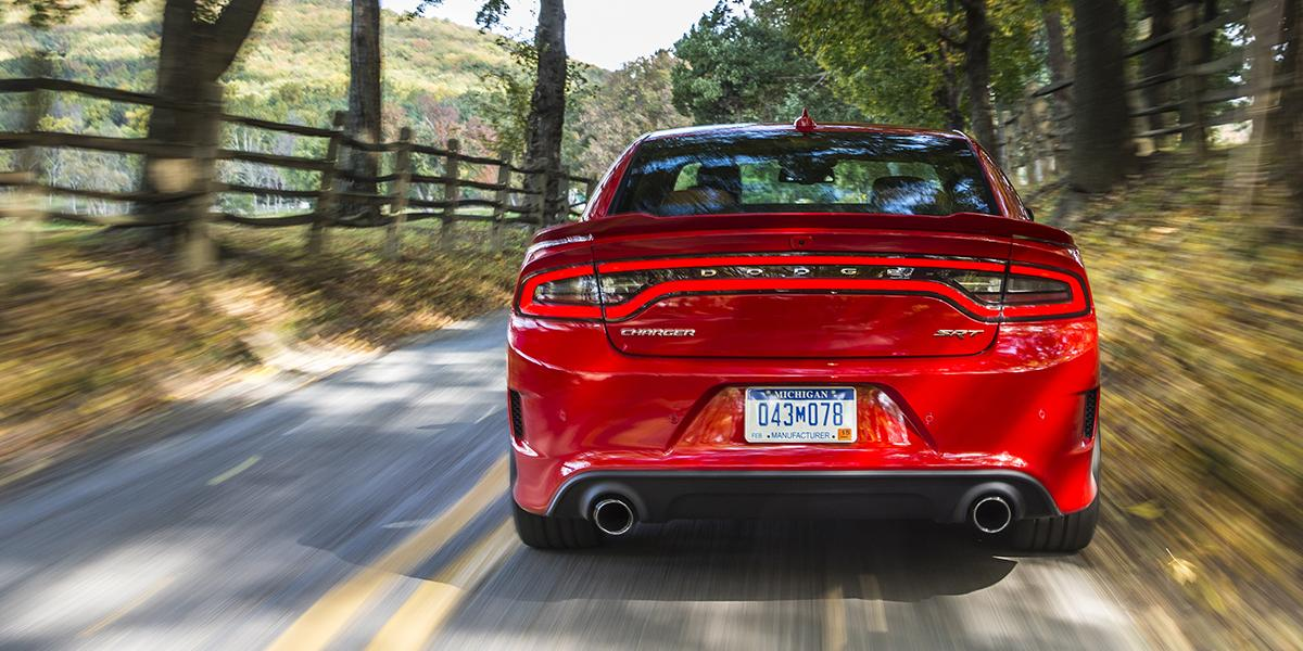 Drive on: The 2015 @Dodge Charger SRT #Hellcat is EPA rated at 22 mpg hwy (13 city, 16 combined). http://t.co/Jbe0JwuwEU