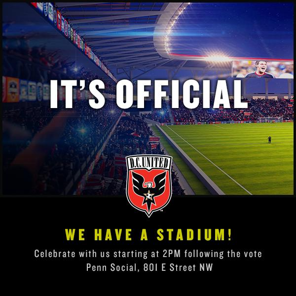 IT'S OFFICIAL! #ForeverUnited #DCU http://t.co/gwDxmdwv6Y http://t.co/taw7nSxu8o