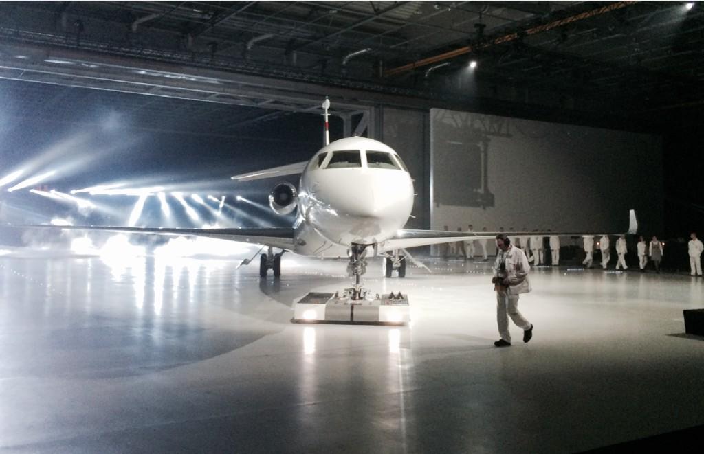 Falcon 8X B5FRlJTCQAIL3JA