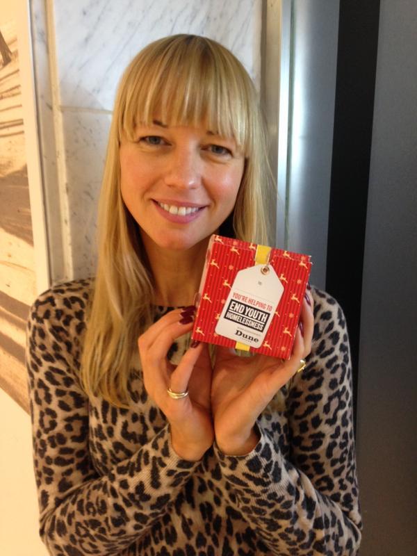 RT @MediaEyeTweets: . @sarajcox & @colinsalmon24 support @EYH_UK's #xmasinabox campaign http://t.co/humiAlJFj4 http://t.co/cHKXEWdLM2