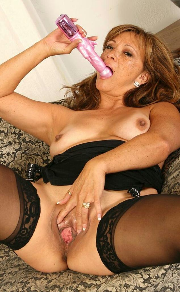 swinger wife lisa