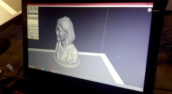 La modélisation 3D du buste de @fleurpellerin avance... bientôt l'impression au @MuseeLouvre ! #tousaloeuvre http://t.co/Yv1Xa5eUUX
