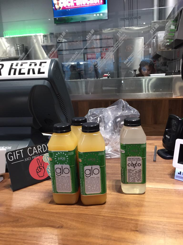 Okay- for the holidays I'm doing a pH cleanse and thank goodness I could find my stuff @juice press. #juicepress http://t.co/iHfqNczp40