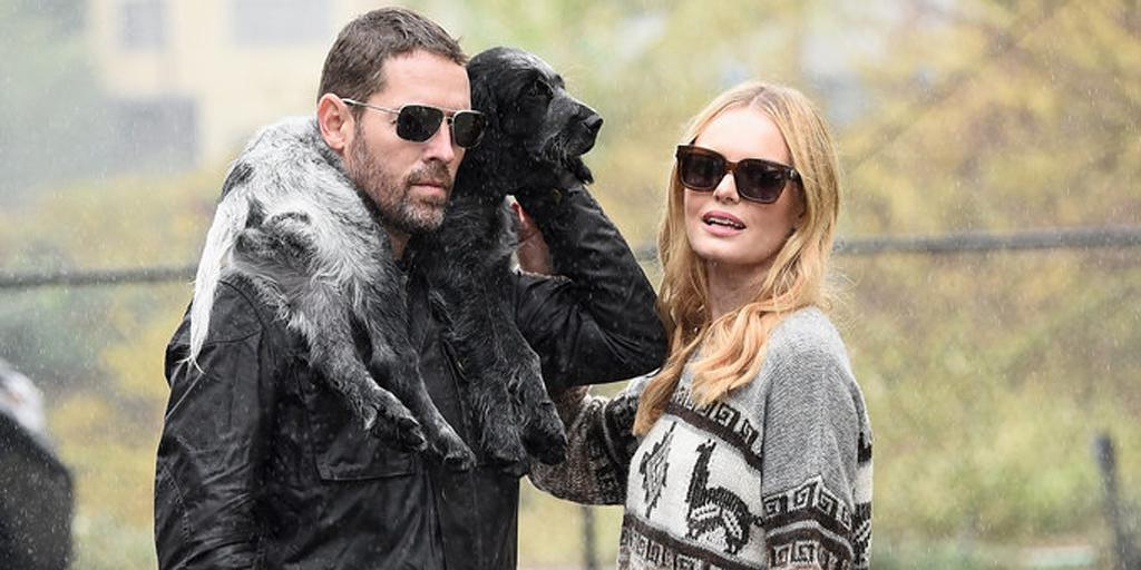 Kate Bosworth's outfit has all the right accessories —including that dog: http://t.co/QO0XnAuJI5 http://t.co/IeEYzHW2PH