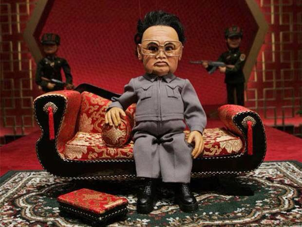 Texas cinema replaces cancelled film The Interview with free screening of 'Team America' http://t.co/cXpjpLZuqC http://t.co/zD4NKVgrr5