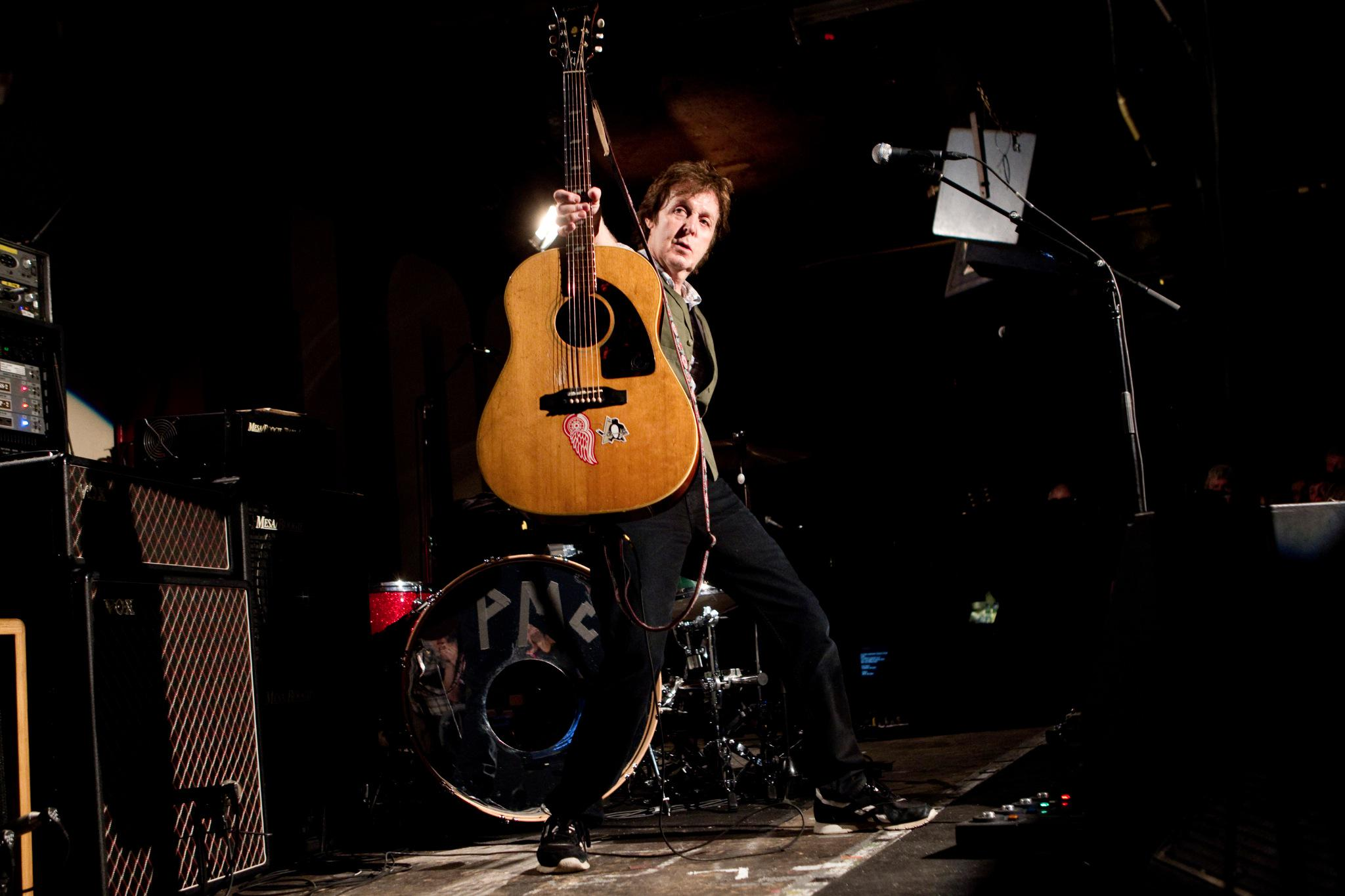 This week in 2010 Paul played the @100clublondon #ThrowbackThursday #TBT http://t.co/tFKBVmBCOv