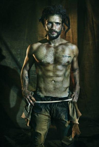 Bruno Gagliasso sem roupa na L'Officiel Hommes