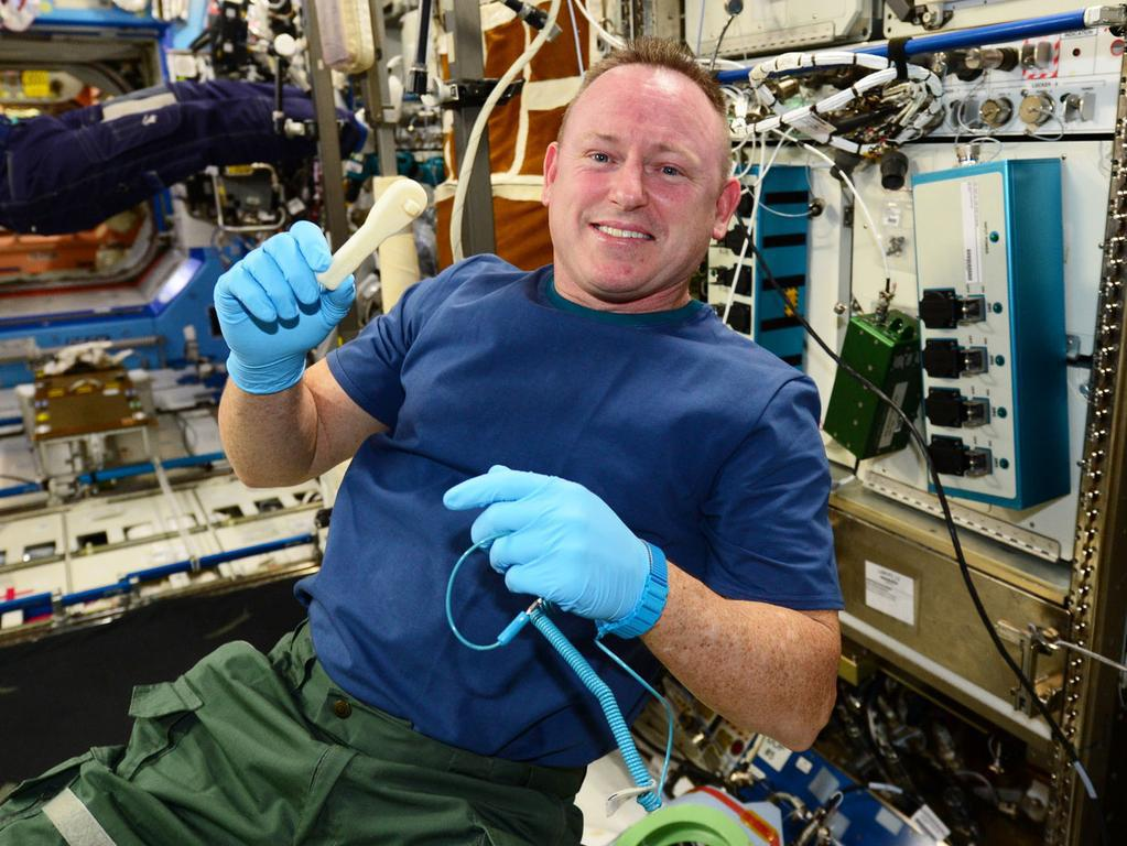 RT @ChrisSchodt: Holy cow, NASA emailed a wrench to the ISS, where they 3-D printed it.  via @backchnnl  http://t.co/nbiGqgE7xa http://t.co…