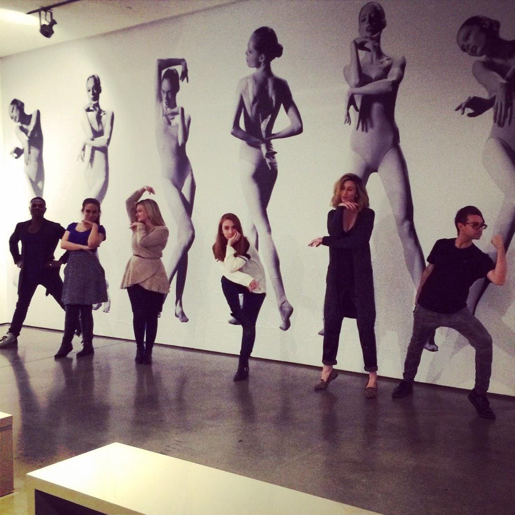 RT @CSiriano: The Siriano team is practicing their #StudyOfPose at @cocorocha beautiful exhibit at Milk Studios. Congrats Coco! http://t.co…