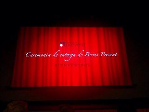 Un año más en la #CeremoniaBecasPrevent ¡¡Muchas gracias por vuestro apoyo @FPrevent !! http://t.co/qnuupw02yv