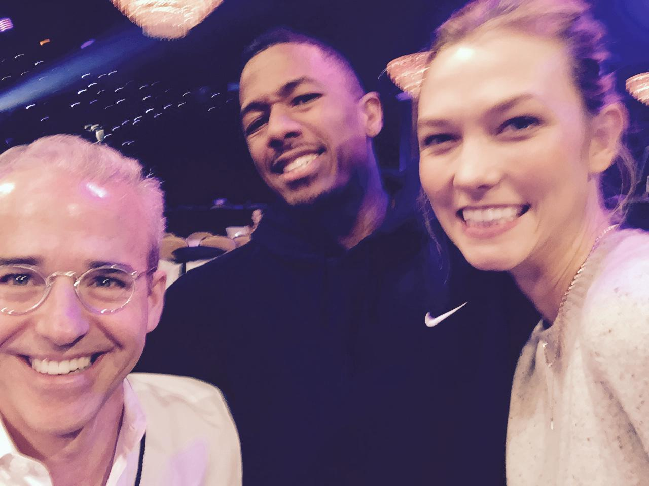 RT @MrJessCagle: My pals @nickcannon and @karliekloss so much taller than me at #PeopleMagazineAwards! 9ET on NBC @peoplemag @EW http://t.c…