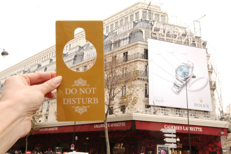 .@Galeries_Laf are on @Airbnb_fr and you can spend a night in! Do not disturb ;) #nightat http://t.co/YlNOZxPkCd http://t.co/vsROkUVv1w