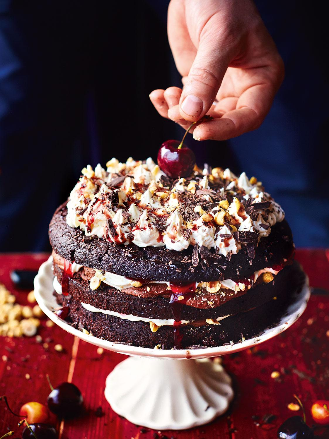 #Recipeoftheday Beautiful black forest gateau. Super special & PERFECT for #Christmas http://t.co/Eh8WhI8TB4 http://t.co/jyMDPrESPh