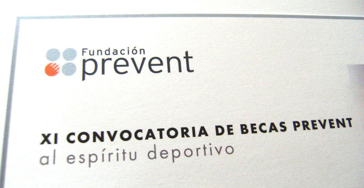 ¡Muchísimas gracias a @FPrevent por tenerme en cuenta! #CeremoniaBecasPrevent #Empresa #Valores http://t.co/BZzjv4dMrj