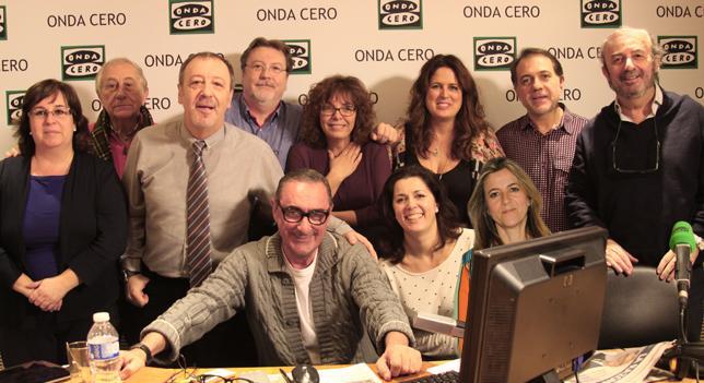 Carlos Herrera y el equipo de Herrera en la onda desea a Los Fósforos ¡Feliz Navidad! http://t.co/qNYno6Q6Xu http://t.co/1XeGlz6VJq
