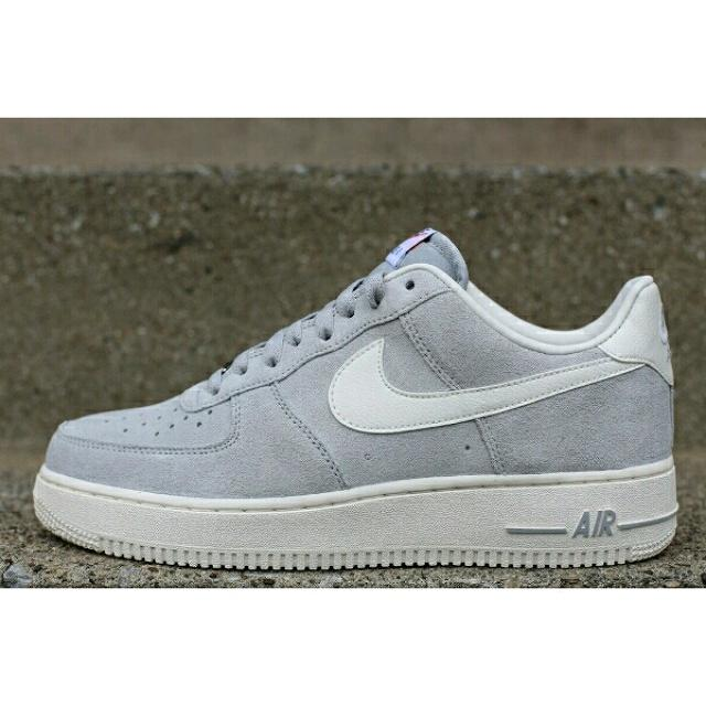 """Zappos_Store on Twitter: """"Nike Air Force 1 - 55 € Consigue ..."""