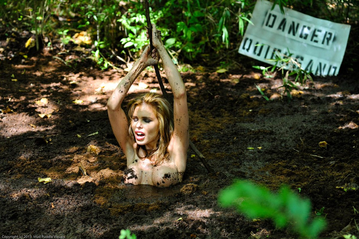 nude girl mud sotcore