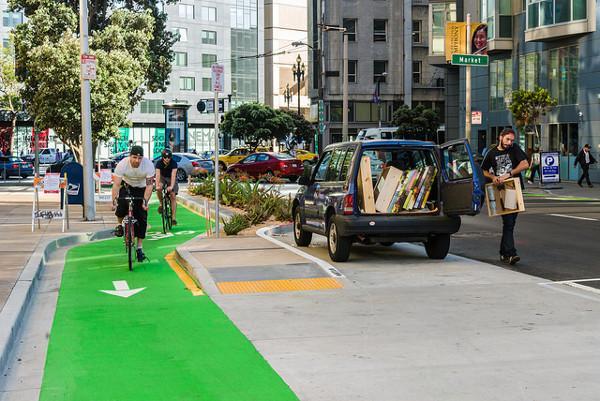 The Polk Street bike lane in San Francisco is the best new bike lane of 2014: http://t.co/JCU7YJKRhJ http://t.co/htSZvOFJlx