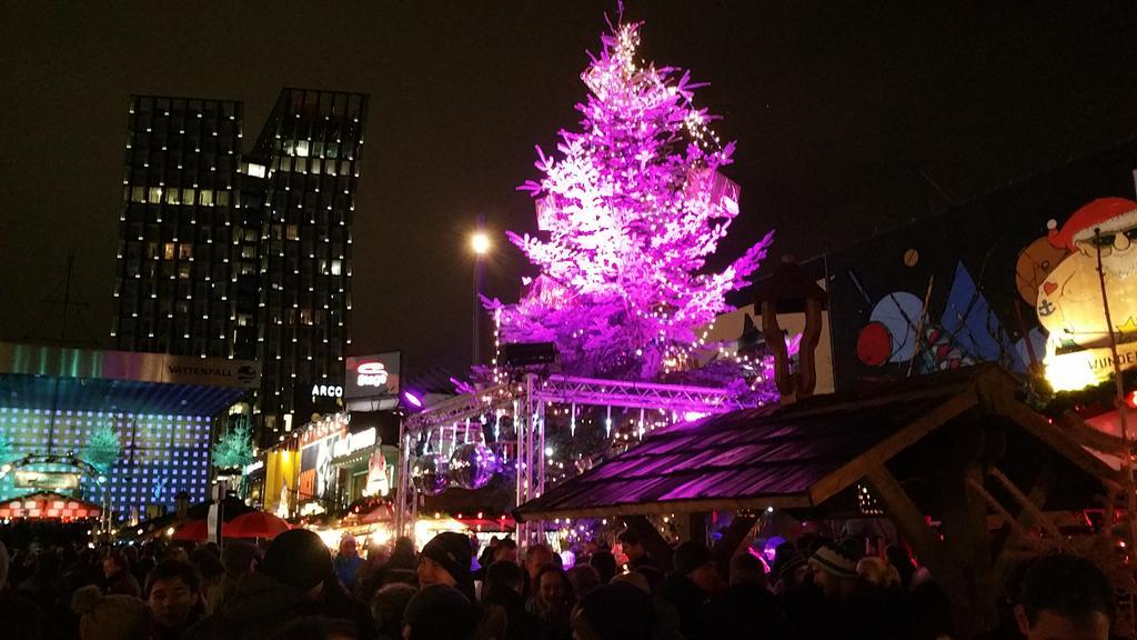 St Pauli Weihnachtsmarkt öffnungszeiten.Hamburg Angesagt Santa Pauli Der Reeperbahn Weihnachtsmarkt Mit
