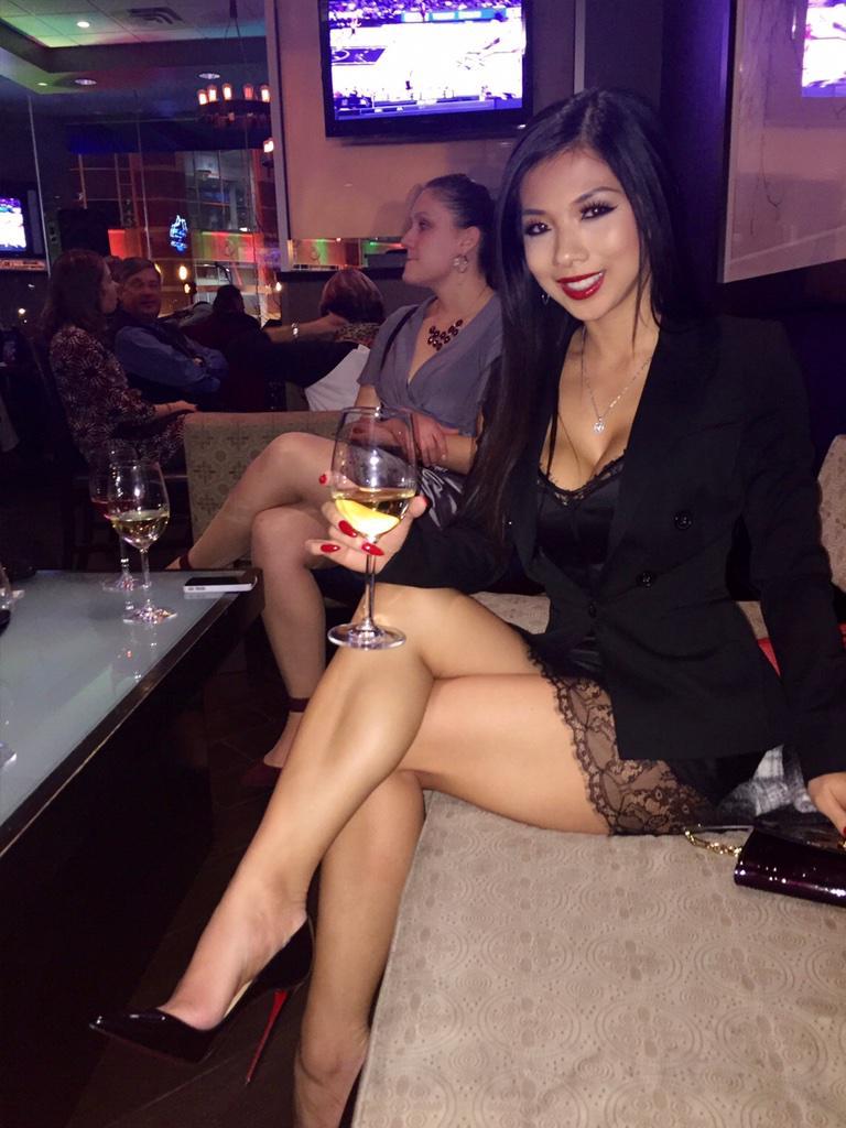 ♡Lexi Vixi on Twitter: Im drunk. Too much wine!!!! 🍷