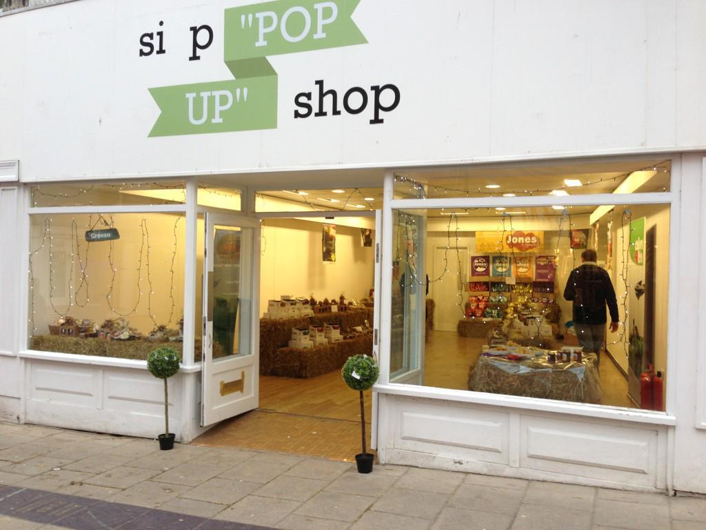 Pop-up shop up and running #Bangor http://t.co/AccXNjbsfV
