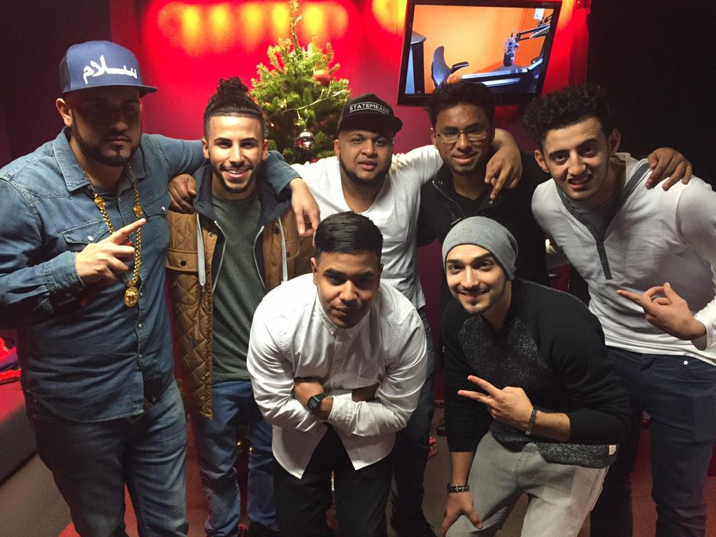 The boys are here in the studio!!!! @3MH_UKTOUR2014 !!!!!!!! http://t.co/0OndMGhAZD