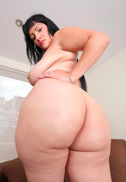 Not very sporty Französisch Chubby MILF in Pigtails looking for