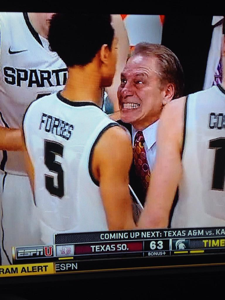 Tom Izzo seems displeased with Bryn Forbes. http://t.co/3T89mBLOQg