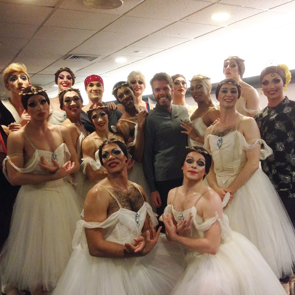 Bravo! Very impressive dancing - on point - by the very talented company of @TrocksB and... http://t.co/18ZhmbUwRx http://t.co/BVnsRSCPbF