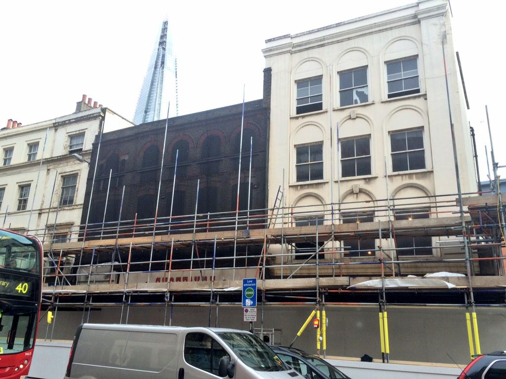 Final glimpse of old hop warehouse on Borough High Street to be demolished by KCL for Premier Inn & Tesco Express http://t.co/PhMVbgzfuk
