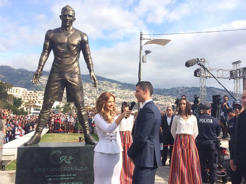 Статуя КриРо